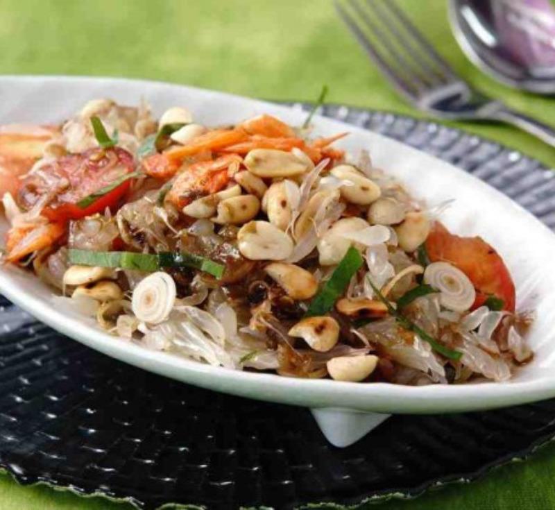Tam Som-O Nam-Pu (Pomelo Salad)