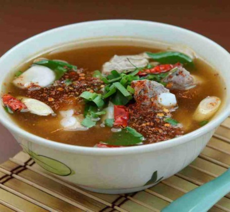 Tom Saeb Moo (Spicy Soup with Pork)